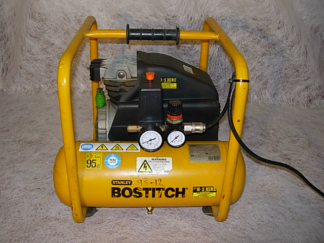 NAIL GUN COMPRESSOR (PRICE IS ONLY AS STATED IF TAKEN WITH A NAIL GUN)