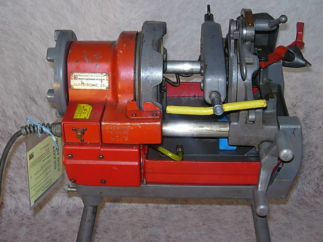 PIPE THREADING MACHINE ELECTRIC 2inch ON LEGS